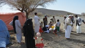 تقرير حكومي: نزوح أكثر من 10 آلاف أسرة جراء المواجهات في نهم والجوف