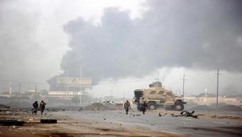إصابة 7 عمال بقصف حوثي استهدف مجمع صناعي في الحديدة