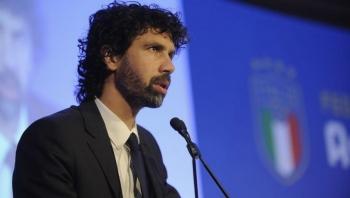 مناقشات واسعة لتخفيض رواتب لاعبي الدوري الإيطالي
