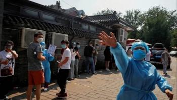 بؤرة كورونا في العاصمة الصينية.. إصابات جديدة وإخضاع الملايين للفحص