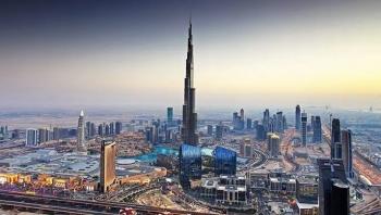 كارنيغي: دبي تلعب دورا مهما في تسهيل الفساد والتدفقات المالية غير المشروعة