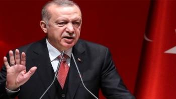 الرئيس التركي يطالب شعبه بمقاطعة المنتجات الفرنسية