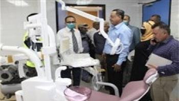 عدن :وزير الصحة يتفقد سير العمل في عملية تأهيل مستشفى عدن العام