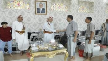 محافظ المهرة يستقبل جموع المهنئين بمناسبة عيد الأضحى المبارك