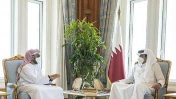 """أمير قطر يستقبل مستشار الأمن الوطني الإماراتي """"صحنون"""""""