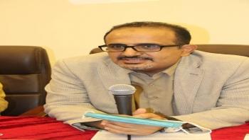 وزير الصحة يوجه بتحويل مخصص الدعم المركزي لمكاتب الصحة وصرف حوافز العاملين بمراكز العزل وتوفير احتياجاتها.