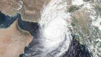 """عمان : تحذيرات واسعة من تداعيات  """"إعصار شاهين"""""""