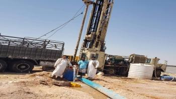 مياه الريف بالمهرة تعلن إنجاز بئر الجزع بتمويل من السلطة المحلية