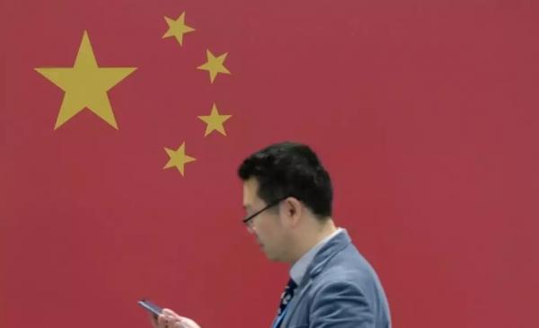 هل بدأت الحرب؟.. عمالقة الهواتف الصينية يتحدون غوغل بمتجر تطبيقات جديد