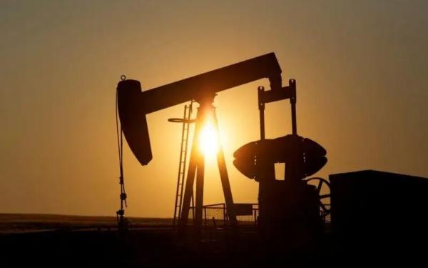 أسعار النفط تهبط بفعل مخاوف من موجة ثانية لفيروس كورونا