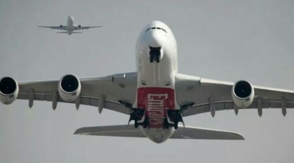 طائرة إماراتية فاخرة تجلي إسرائيليين من المغرب