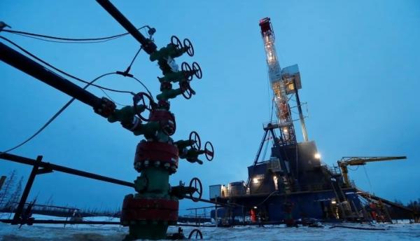 مسودة: اتفاق أوبك وروسيا على تمديد خفض إنتاج النفط حتى نهاية يوليو