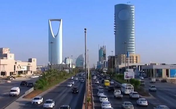 بينهم قيادي إصلاحي.. منظمة حقوقية تطالب الرياض بكشف مصير 5 معتقلين يمنيين