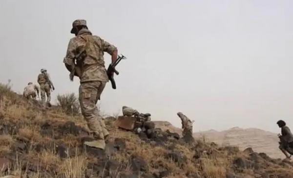البيضاء.. قتلى وجرحى حوثيون بمواجهات مع الجيش الوطني في قيفة