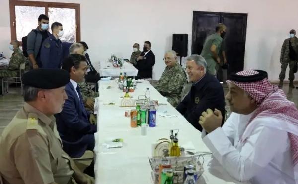 حراك داخلي وخارجي في ليبيا.. هل تستعيد حكومة الوفاق السيطرة على سرت والجفرة؟