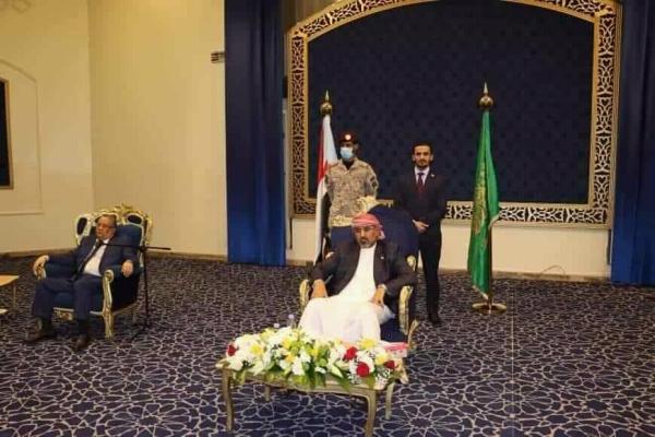 الانتقالي يجدد التزامه بتنفيذ بنود اتفاق الرياض وعمليا يرفضه