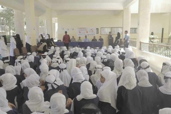 المهرة ..تدشين الحملة التوعوية الصحية للطلاب في مدارس الغيضة