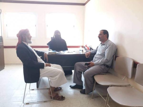 الوكيل بن عليان يتفقد سير العملية التعليمية بمدرسة الملك سلمان بمدينة الغيضة