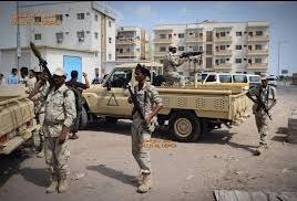 نتيجة لتعنت ومماطلة مليشيا الإنتقالي دخول القوات الرئاسية الى عدن اللجنة السعودية تغادر شقرة