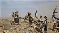 مأرب : الجيش في جبهة مراد جنوب مأرب يكسر هجوم الحوثيين وسقوط عشرات الضحايا