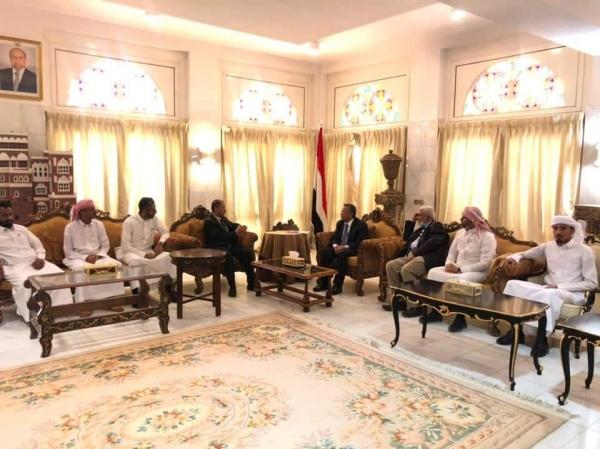 رئيس مجلس الشورى يلتقي بمكون حضرموت للتحرر والتطوير