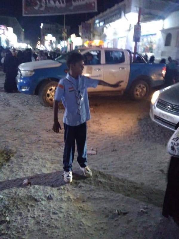 المهرة : شرطة السير بمديرية الغيضة تواصل نشاطها في التوعية المرورية ضمن فعاليات أسبوع المرور