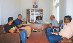 عدن:وزارة الشباب تناقش خطط نشاط اتحادات السلة والدراجات والكونغ فو
