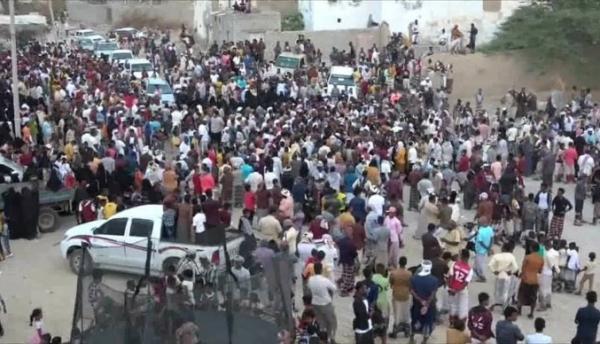 """المهرة : بحضور الوكيل بدر كلشات سيحوت تحيي مهرجان """"لعبة الكبارة الشعبية"""" صور"""