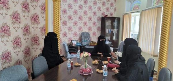 الإدارة العامة لتنمية المرأة بالمحافظة تؤكد على أهمية فتح ثانوية صقر ومواصلة تعليم البنات