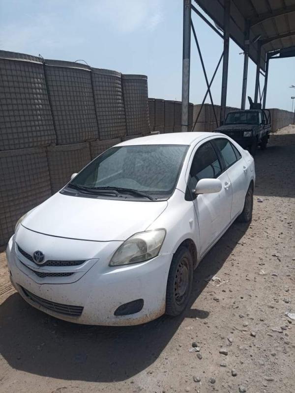 أمن المهرة يتمكن من ضبط سيارة مسروقة بعد أقل من يوم على سرقتها