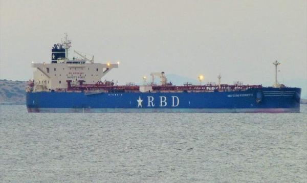 وصول 40 ألف طناً من المازوت إلى ميناء عدن لتشغيل محطات الكهرباء