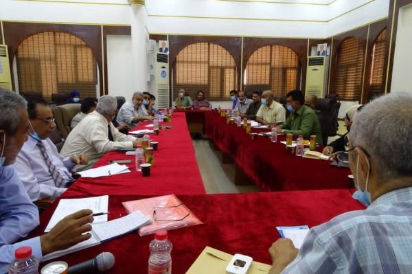 عدن :اجتماع صحي طارئ لبحث الاستعدادات الجارية للموجه الثالثة من جائحة كورنا