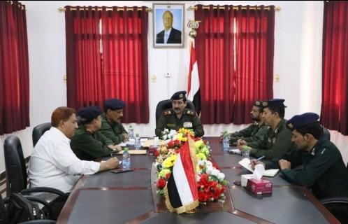 وزير الداخلية يترأس اجتماعاً مع وكلاء الوزارة للاطلاع على سير العمل في القطاعات والإدارات بالوزارة
