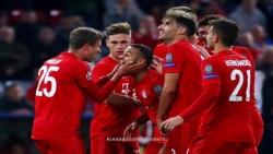 بايرن ميونخ يوجه صدمة مبكرة لمانشستر يونايتد