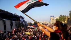 مظاهرات العراق تدخل يومها التاسع وواشنطن تدعو للاستجابة لمطالب الشعب