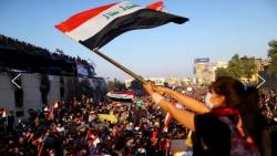 الاحتجاجات تعصف ببغداد وبيروت.. وأقدام إيران تترسخ (تحليل)
