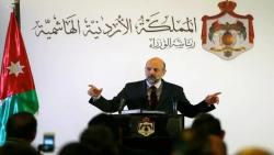 حكومة الأردن تقدم استقالتها تمهيدا لتعديل وزاري