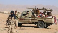 الحديدة: القوات الحكومية تتصدي لهجوم حوثي وتفجر مخزن اسلحة في حيس