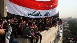 احتجاجات العراق.. هل تعيد الهوية الوطنية الجامعة للعراقيين؟ (تحليل)
