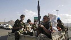ميليشيا الحوثي تمهل التجار وشركات الصرافة 30 يوماً للتخلص من العملة الجديدة