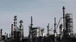 ماهي أكبر التهديدات للنفط والغاز العام المقبل؟