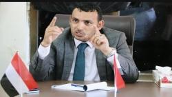 محافظ سقطرى يحث سكان الجزيرة الالتزام باجراءات الوقاية من وباء كورونا