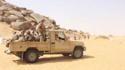 الجيش يعلن أسر 19 حوثيًا بمعارك شرق الجوف
