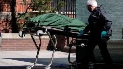 صحيفة: وثيقة داخلية بالإدارة الأمريكية تتوقع ارتفاع وفيات كورونا