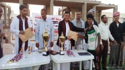 المهرة : برعاية وكيل الشباب إختتام نهائي دوري كلية العلوم التطبيقية بفوز طلاب مستوى ثالث