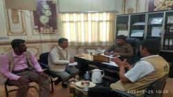 مدير مكتب الزراعة بالمهرة يناقش مع وكالة المنشآت الصغيرة والأصفر smeps التنسيق لتدريب المستفيدين من مشروع الطوارئ لاستمرارية الأعمال