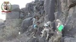 تعز : الجيش يخوض معارك عنيفة مع الحوثيين في جبهة مقبنة