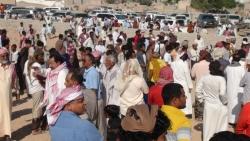 حضور رسمي وقبلي في تشييع جثمان الشيخ عامر كلشات رئيس لجنة اعتصام المهرة (صور)