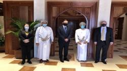 عمان : لقاء بين وزير الخارجية العماني والمبعوث الأمريكي والسيناتور كريس ميرفي