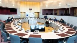 وزير الخارجية يبحث مع مفوض الحماية المدنية والمساعدات الإنسانية للمفوضية الأوروبية انتهاكات المليشيات